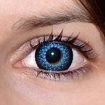 Eyelush aqua na původní barvě očí hnědo-zelené